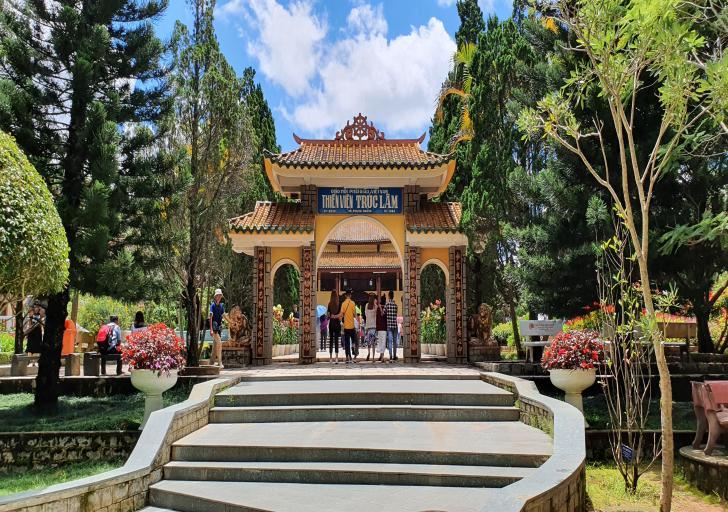 Du lịch Đà Lạt - Chuyện tình Lang Biang